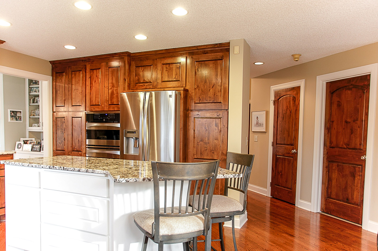 Coon-Rapids-MN-Kitchen-Remodel-Custom-Cabinets