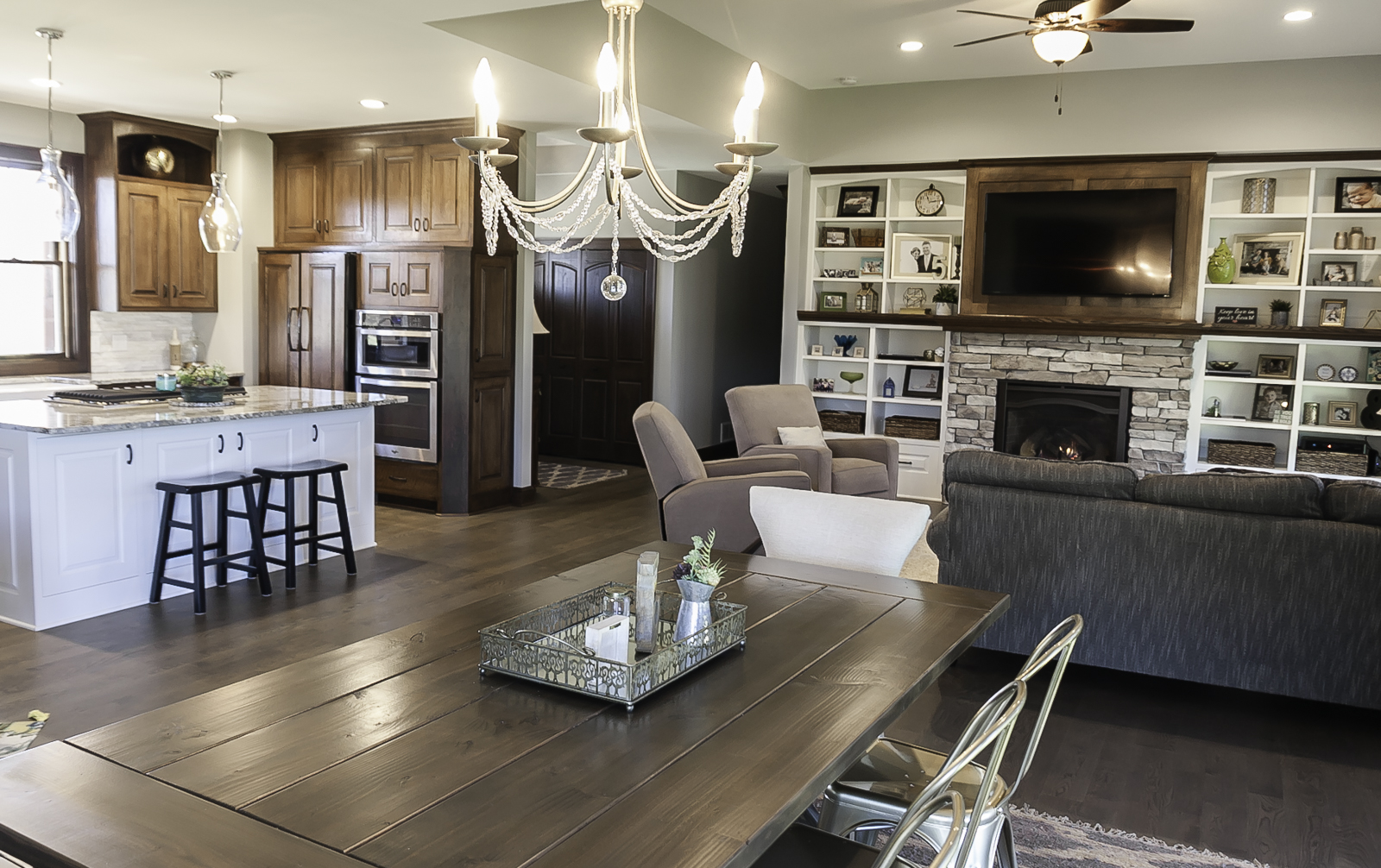 Unique And Timeless For Everyday Living, Franklin Builders Can Make Your Dream  Design A Reality.